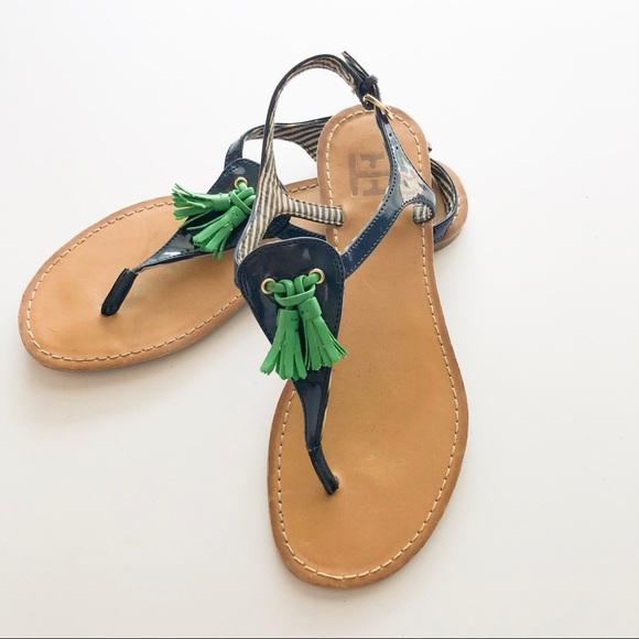 Tommy Hilfiger Shoes - Tommy Hilfiger Thong Sandal w/Tassel • Size 6.5